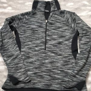 Columbia black space dyed half zip pullover small
